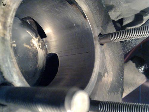 90 min. of Vespa PX 200 cylinder sanding...